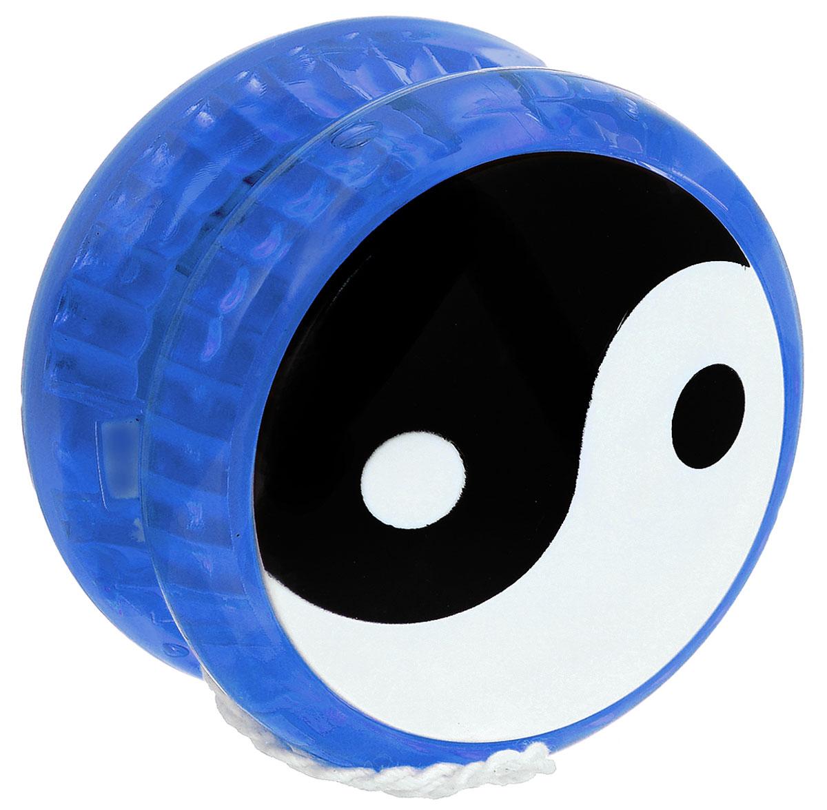 Эврика Йо-йо Инь-Ян цвет синий91012_синийЙо-йо Эврика Инь-Ян - это не только интересная игрушка, но еще и полезное занятие, способное развить координацию движений, ловкость и внимательность. Подобная игрушка придется по душе как детям, так и взрослым - ведь, несмотря на свои небольшие размеры и легкость, с ее помощью можно провести время с пользой для моторики и без каких-либо лишних трат. Удобная форма и небольшой диаметр игрушки превосходно подойдет для игр на свежем воздухе. Йо-йо - это простой способ порадовать малыша и повеселиться самому. Йо-йо - это игрушка, состоящая из двух симметричных половинок соединенных осью, к которой прикреплена веревка. Современный йо-йо значительно отличается от тех, к которым многие привыкли. Сейчас йо-йо - это такая же часть молодежной культуры как скейт, ВМХ или сноуборд. Йо-йо популярно во многих странах мира, таких как Россия, США и Япония. Ежегодно во всем мире проходят различные чемпионаты по игре с йо-йо, в том числе и Чемпионат России, в котором собираются...