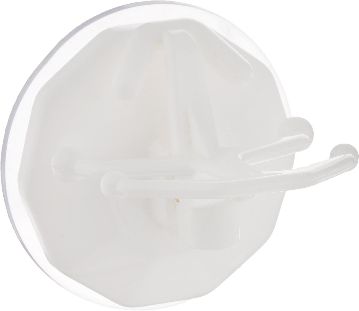 Вешалка настенная Gimi Bingo, на присоске, цвет: белый, 5 крючков1706050003000/белый/1706050003001Вешалка настенная Gimi Bingo, выполненная из пластика, станет отличным решением для прихожей, ванной или кухни. Вешалка имеет 5 крючков, на которые вы сможете повесить ваши вещи. Прочная присоска надежно крепится к стене и не оставляет разводов и пятен. Практичная настенная вешалка поможет организовать пространство в вашем доме. Особенности вешалки: - успешно работает в интервале температур от -20°С до +60°С; - выдерживает нагрузку до 20 кг; - может служить годами, не требуя перевешивания; - без усилий снимается и перевешивается на новое место.
