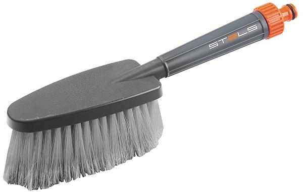 Щетка для мытья автомобиля Stels, с подачей воды55222Мягкая щетина щетки не наносит повреждений лакокрасочному покрытию кузова автомобиля. Возможность подключения воды.