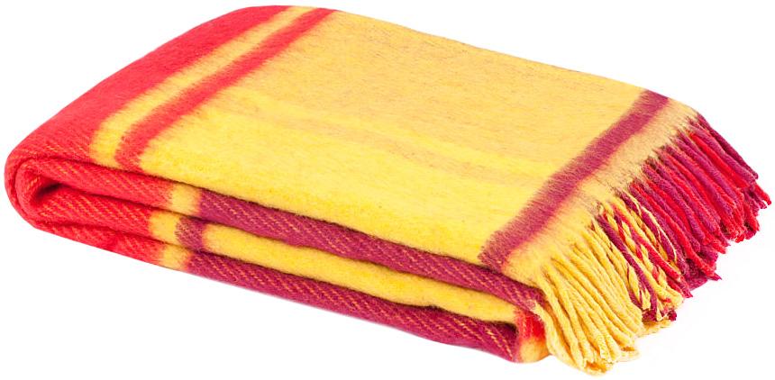Плед Маэстро, 170 х 200 см 1-242-170_011-242-170_01Теплый пушистый толстый плед Маэстро, выполненный из натуральной новозеландской овечьей шерсти, добавит комнате уюта и согреет в прохладные дни. Удобный размер этого качественного пледа позволит использовать его и как одеяло, и как покрывало для кресла или софы. Плед с кистями. Плед упакован в пластиковую сумку-чехол на застежке-молнии, а прочная текстильная ручка делает чехол удобным для переноски. Такое теплое украшение может стать отличным подарком друзьям и близким! Под шерстяным пледом вам никогда не станет жарко или холодно, он помогает поддерживать постоянную температуру тела. Шерсть обладает прекрасной воздухопроницаемостью, она поглощает и нейтрализует вредные вещества и славится своими целебными свойствами. Плед из шерсти станет лучшим лекарством для людей, страдающих ревматизмом, радикулитом, головными и мышечными болями, сердечно-сосудистыми заболеваниями и нарушениями кровообращения. Шерсть не электризуется. Она прочна, износостойка, долговечна. Наконец,...