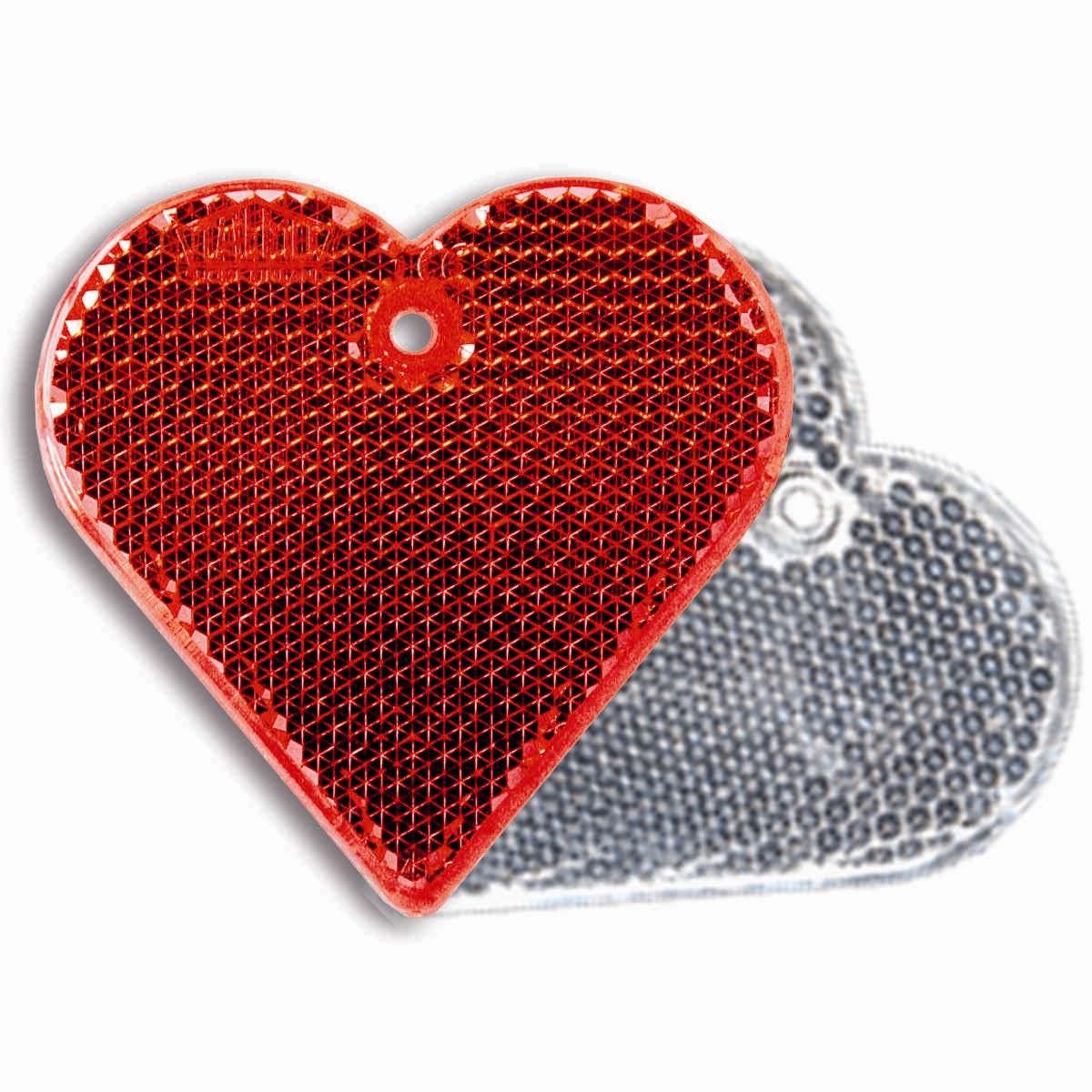 Световозвращатель пешеходный Coreflect Сердце, цвет: красный, белый118709Пешеходный светоотражатель — это серьезное средство безопасности на дороге. Использование светоотражателей позволяет в десятки раз сократить количество ДТП с участием пешеходов в темное время суток. Светоотражатель крепится на одежду и обладает способностью к направленному отражению светового потока. Благодаря такому отражению, водитель может вовремя заметить пешехода в темноте, даже если он стоит или двигается по обочине. А значит, он успеет среагировать и избежит возможного столкновения.