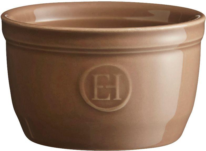 Рамекин Emile Henry, цвет: мускат, диаметр 9 см961009Порционная форма рамекин Emile Henry предназначена как для готовки, так и для сервировки отдельных порций. Идеально подходит для кухни в загородном доме. Высокопрочная керамика (HR ceramic) великолепно распределяет и сохраняет тепло, что и требуется для приготовления помадок, гратенов, рассыпчатых и открытых пирогов. Форма не боится перепадов температур, и ее можно ставить в духовку сразу после того, как она была вынута из морозильной камеры. Покрытие формы устойчиво к появлению сколов и царапин, а его цвет остается ярким даже после многократного использования в посудомоечной машине. Форма диаметром 9 см идеально подходит для небольших десертов. Например, для густых десертов, которые требуют специфичного размера порции, как фондан из темного шоколада, пудинги или крем-карамель.