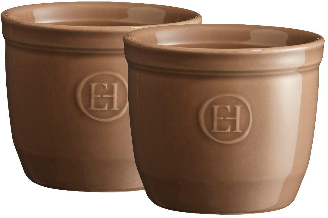 Рамекин Emile Henry, цвет: мускат, диаметр 8,5 см, 2 шт964008Порционная форма рамекин Emile Henry предназначена как для готовки, так и для сервировки отдельных порций. Идеально подходит для кухни в загородном доме. Высокопрочная керамика (HR ceramic) великолепно распределяет и сохраняет тепло, что и требуется для приготовления помадок, гратенов, рассыпчатых и открытых пирогов. Форма не боится перепадов температур, и ее можно ставить в духовку сразу после того, как она была вынута из морозильной камеры. Покрытие формы устойчиво к появлению сколов и царапин, а его цвет остается ярким даже после многократного использования в посудомоечной машине. Высокие рамекины более компактные и глубокие, чем классические, они идеально подходят для десертов, требующих высоких бортиков, таких как Ром-Баба, Панна-Котта, Шарлотт или замороженный десерт. Можно сделать несколько слоев благодаря глубине 7 см. Рамекины также могут быть использованы для создания пикантных рецептов, которые раскрывают различные ароматы при открытии каждого слоя.