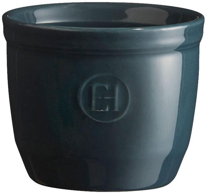 Рамекин Emile Henry, цвет: серо-голубой, диаметр 8,5 см971008Порционная форма рамекин Emile Henry предназначена как для готовки, так и для сервировки отдельных порций. Идеально подходит для кухни в загородном доме. Высокопрочная керамика (HR ceramic) великолепно распределяет и сохраняет тепло, что и требуется для приготовления помадок, гратенов, рассыпчатых и открытых пирогов. Форма не боится перепадов температур, и ее можно ставить в духовку сразу после того, как она была вынута из морозильной камеры. Покрытие формы устойчиво к появлению сколов и царапин, а его цвет остается ярким даже после многократного использования в посудомоечной машине. Высокие рамекины более компактные и глубокие, чем классические, они идеально подходят для десертов, требующих высоких бортиков, таких как Ром-Баба, Панна-Котта, Шарлотт или замороженный десерт. Можно сделать несколько слоев благодаря глубине 7 см. Рамекины также могут быть использованы для создания пикантных рецептов, которые раскрывают различные ароматы при открытии каждого слоя. ...