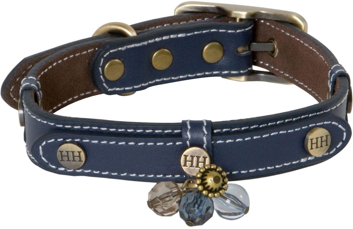 Ошейник для собак Happy House Beads, цвет: синий, обхват шеи 39-45 см, ширина 2,5 см. Размер M6703-5Ошейник для собак Happy House Beads станет изысканным аксессуаром для вашей собачки. Ошейник выполнен из натуральной гладкой и замшевой кожи. Он украшен клепками, контрастной строчкой и подвесками. Размер ошейника регулируется при помощи металлической пряжки. Имеется металлическое кольцо для крепления поводка. Клеевой слой, сверхпрочные нити, крепкие металлические элементы делают ошейник надежным и долговечным. Изделие отличается высоким качеством, удобством и универсальностью. Ваша собака тоже хочет выглядеть стильно! Такой модный ошейник станет для питомца отличным украшением и выделит его среди остальных животных. Обхват шеи: 39-45 см. Ширина ошейника: 2,5 см.