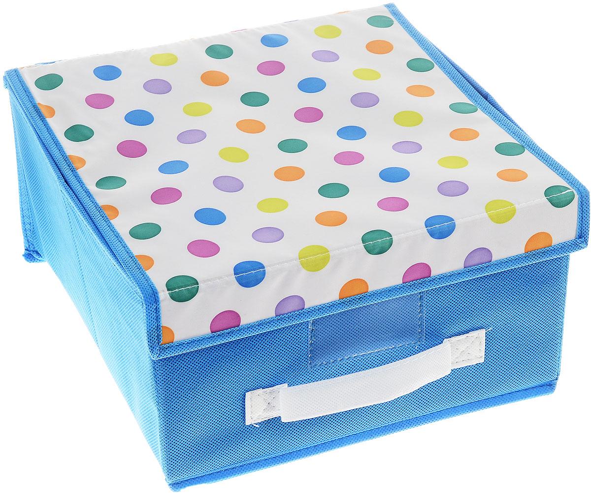 Чехол-коробка Cosatto Voila! Кидс, цвет: голубой, белый, 30 х 30 х 16 смCOVLSCBY11K/голубойЧехол-коробка Cosatto Voila! Кидс поможет легко и красиво организовать пространство в детской комнате. Изделие выполнено из полиэстера и нетканого материала, прочность каркаса обеспечивается наличием внутри плотных и толстых листов картона. Чехол-коробка закрывается крышкой на две липучки, что поможет защитить вещи от пыли и грязи. Сбоку имеется ручка. Такой чехол идеально подойдет для хранения игрушек и детских вещей. Яркий дизайн изделия привлечет внимание ребенка и вызовет у него желание самостоятельно убирать игрушки. Складная конструкция обеспечивает компактное хранение.