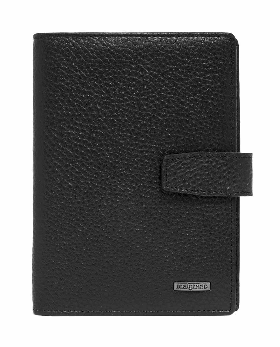 Обложка для документов мужская Malgrado, цвет: черный. 54029-5001D54029-5001DМужская обложка для документов Malgrado выполнена из натуральной кожи. Обложка имеет два разворота, в нее можно вставить 2 паспорта, либо паспорт и права. На первом развороте справа имеется 5 отделений для карточек. Во втором развороте вставлен прозрачный вкладыш для полного комплекта автодокументов, пять отделений для кредитных и дисконтных карт. Вкладыш можно вынимать и вставить во второй разворот второй паспорт.