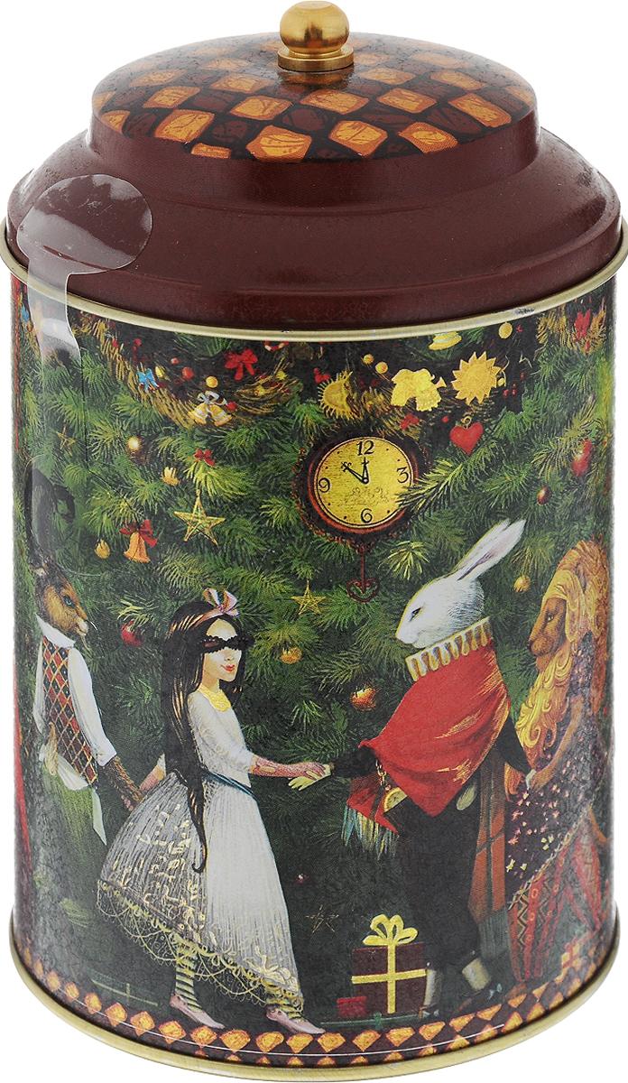 Maitre Трилогия чай черный листовой, 90 гбаж027Превосходная смесь черного байхового кенийского и индийского чая Maitre Трилогия в новогодней подарочной упаковке. Отлично подойдет в качестве подарка на новогодние праздники.