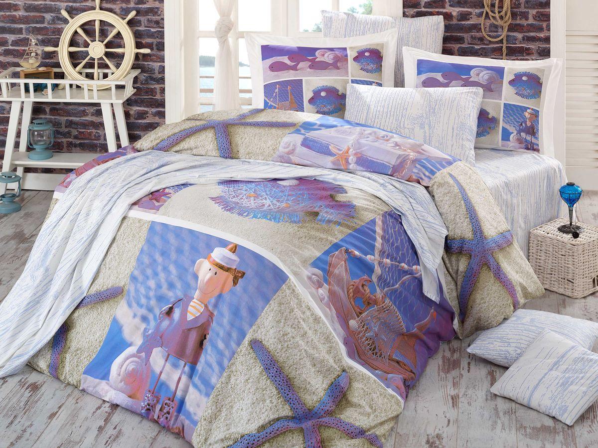 Комплект белья Hobby Home Collection Ocean, евро, наволочки 50x70, 70x70, цвет: мульти1501000933Комплект постельного белья Hobby Home Collection изготовлен из высококачественного поплина. Поплин - это ткань, изготавливаемая традиционным полотняным плетением из 100% хлопка, но из нитей разного калибра, за счет чего полотно получается с легким рубчиковым рельефом. По многим характеристикам ткань похожа на бязь, но на ощупь гораздо приятнее — более гладкая и мягкая. Поплин обладает лучшими свойствами ткани для постельного белья. Он плотный и в то же время мягкий на ощупь, износостойкий, немнущийся, гигроскопичный и неприхотливый в уходе, а после стирки практически не нуждается в глажке. Поплин обладает множеством преимуществ: - белье из него плотное, прочное и износостойкое; - не выцветает и не сминается; - не линяет и не деформируется (при стирке до 40°С); - натуральный хлопок в составе обеспечивает абсолютную гигиеничность постельного белья; - поплин хорошо вентилируется и впитывает влагу, отводя ее излишки от тела. По легенде этот...