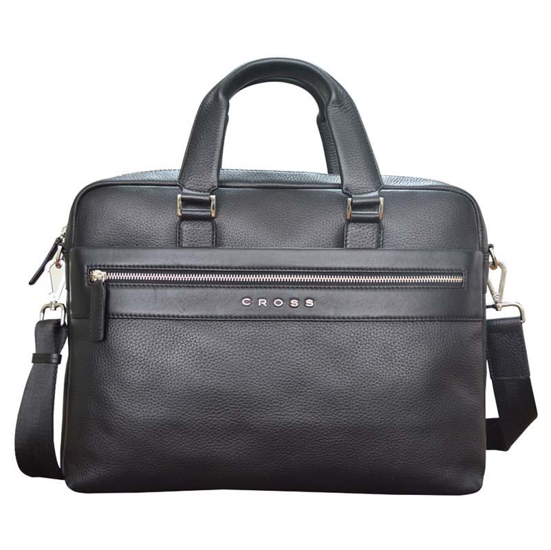 Портфель мужской Cross, цвет: черный. AC021111-1AC021111-1Тонкий портфель с внешним карманом на молнии. Отделение для лаптопа. Два раздельных отделения. Две петли для ручек. Отделение для документов