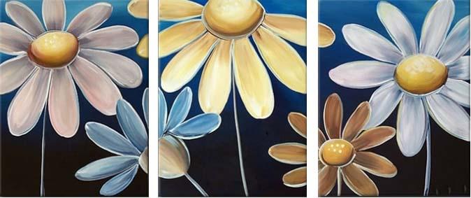 Картина Арт78 Ромашки, модульная, 160 см х 80 см. арт780003арт780003Ничто так не облагораживает интерьер, как хорошая картина. Особенную атмосферу создаст крупное художественное полотно, размеры которого более метра. Подобные произведения искусства, выполненные в традиционной технике (холст, масляные краски), чрезвычайно капризны: требуют сложного ухода, регулярной реставрации, особого микроклимата – поэтому они просто не могут существовать в условиях обычной городской квартиры или загородного коттеджа, и требуют больших затрат. Данное полотно идеально приспособлено для создания изысканной обстановки именно у Вас. Это полотно создано с использованием как традиционных натуральных материалов (холст, подрамник - сосна), так и материалов нового поколения – краски, фактурный гель (придающий картине внешний вид масляной живописи, и защищающий ее от внешнего воздействия). Благодаря такой композиции, картина выглядит абсолютно естественно, и отличить ее от традиционной техники может только специалист. Но при этом изображение отлично смотрится с любого...