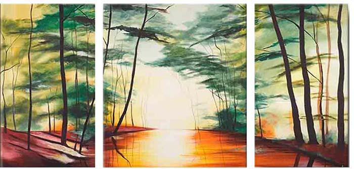 Картина Арт78 Лес, модульная, 160 см х 80 см. арт780029арт780029Ничто так не облагораживает интерьер, как хорошая картина. Особенную атмосферу создаст крупное художественное полотно, размеры которого более метра. Подобные произведения искусства, выполненные в традиционной технике (холст, масляные краски), чрезвычайно капризны: требуют сложного ухода, регулярной реставрации, особого микроклимата – поэтому они просто не могут существовать в условиях обычной городской квартиры или загородного коттеджа, и требуют больших затрат. Данное полотно идеально приспособлено для создания изысканной обстановки именно у Вас. Это полотно создано с использованием как традиционных натуральных материалов (холст, подрамник - сосна), так и материалов нового поколения – краски, фактурный гель (придающий картине внешний вид масляной живописи, и защищающий ее от внешнего воздействия). Благодаря такой композиции, картина выглядит абсолютно естественно, и отличить ее от традиционной техники может только специалист. Но при этом изображение отлично смотрится с любого...