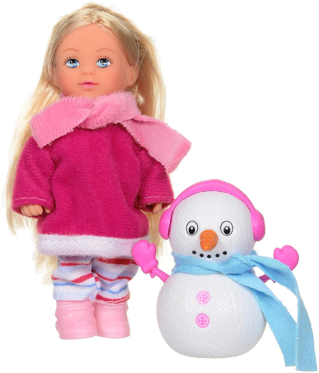 Simba Мини-кукла Еви и снеговик цвет одежды малиновый5732805_малиновая шубкаКукла Simba Еви и снеговик порадует любую девочку и надолго увлечет ее. Для зимней прогулки у куклы есть все необходимое: теплая одежда и друг-снеговик. Снеговика можно разбирать на части и собирать заново. Малышка Еви одета в малиновое пальто, штанишки и розовый шарфик. На ногах у куколки - розовые сапожки. Руки, ноги и голова куклы подвижны, благодаря чему ей можно придавать разнообразные позы. Игры с куклой способствуют эмоциональному развитию, помогают формировать воображение и художественный вкус, а также разовьют в вашей малышке чувство ответственности и заботы. Великолепное качество исполнения делают эту куколку чудесным подарком к любому празднику.