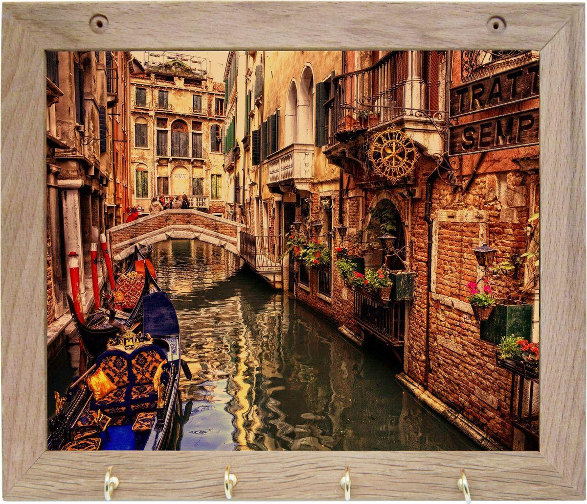 Вешалка GiftnHome Венеция, с 4 крючками, 20 х 25 смTH-VeniceArt-Casual - что значит буквально: повседневное искусство - это Новый тренд, новый стиль предложения обычных домашних аксессуаров в качестве элементов, задающих стиль и шарм окружающего пространства.Уникальное сочетание привычной функциональности и декоративной, интерьерной функции - это актуальная, современная тенденция от прогрессивных производителей товаров для дома. Вешалка для полотенец - это всем знакомый, понятный и нужный предмет в каждом доме.Проект GiftnHome предлагает серию изделий из натурального дерева (Eco-Life), в комбинации с модными цветными принтами на корпусе от Креативной студии AntonioK.Это изделия больше, чем просто крючки для полотенец, они несут интерьерное решение, зададут настроение и стиль на вашей кухне, столовой или дачной веранде. В серии Эко-Лайф, от GiftnHome - можно, так же приобрести ключницы, подносы и столики в постель из благородных пород дерева (бук, дуб), с актуальными дизайнами на поверхности древесины.