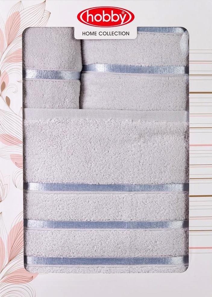 Полотенце махровое Hobby Home Collection Dolce, цвет: светло-голубой, 30х50 см, 50х90 см, 70х140 см, 3 шт1501001210Полотенца марки Хобби уникальны и разрабатываются эксклюзивно для данной марки. При создании коллекции используются самые высокотехнологичные ткацкие приемы. Дизайнеры марки украшают вещи изысканным декором. Коллекция линии соответствует актуальным тенденциям, диктуемым мировыми подиумами и модой в области домашнего текстиля.