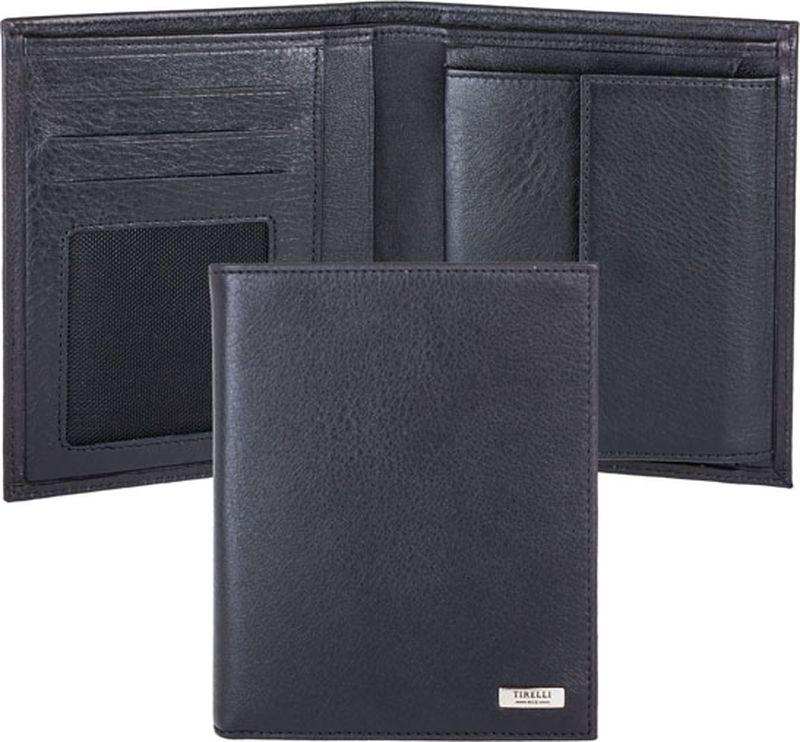 Портмоне мужское Tirelli, цвет: черный. 15-312-0715-312-07Вертикальное мужское портмоне Tirelli изготовлено из натуральной кожи черного цвета. Портмоне оформлено фирменным логотипом. Внутри имеется 1 отделение для купюр, кармашек на кнопке для монет, 3 прорезных кармана для хранения пластиковых карт, визиток, дисконтных карт и т. п. и 3 потайных кармашка. Такое портмоне не только поможет сохранить внешний вид ваших документов и защитит их от повреждений, но и станет ярким аксессуаром, который подчеркнет ваш образ. Изделие упаковано в подарочную коробку синего цвета с логотипом фирмы Tirelli.