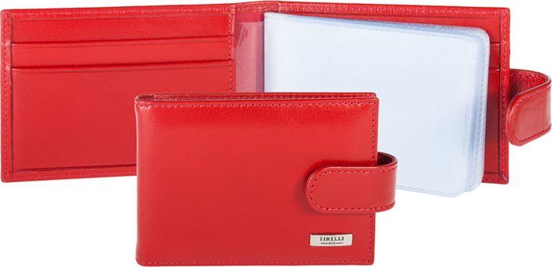 Визитница женская Tirelli, цвет: красный. 15-316-0615-316-06Футляр для карточек Tirelli изготовлен из натуральной кожи. Футляр закрывается хлястиком на кнопку, оформлен фирменным логотипом. Внутри имеется 8 двусторонних кармашков из прозрачного пластика для хранения пластиковых карт, визиток, дисконтных карт и т. п. На внутренней стороне обложки с двух сторон имеются по 2 дополнительных прорезных кармашка. Такой футляр не только поможет сохранить внешний вид ваших документов и защитит их от повреждений, но и станет ярким аксессуаром, который подчеркнет ваш образ.