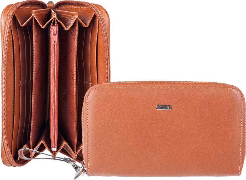 Портмоне женский Tirelli, цвет: светло-коричневый. 15-321-1115-321-11Портмоне это стильный аксессуар, который благодаря своему дизайну и высокому качеству исполнения, блестяще подчеркнет тонкий вкус своей обладательницы. Портмоне выполнено из высококачественной натуральной кожи с оригинальным тиснением. Портмоне-клатч внутри содержит два отделения для купюр, карман для мелочи на молнии, двенадцать наборных кармашков для визиток и кредитных карт и два горизонтальных кармана для бумаг. Портмоне закрывается на застежку-молнию. Для удобства переноски предусмотрен ремешок для запястья.