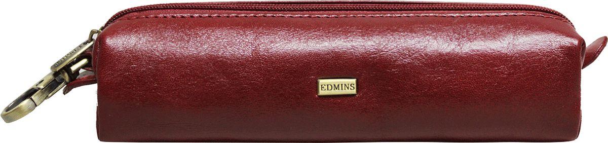 Ключница женские Edmins, цвет: красный. 109 XL ED109 XL ED redСтильная ключница Edmins выполнена из натуральной кожи с гладкой фактурой, оформлена металлическим элементом с символикой бренда и контрастной отделочной строчкой. Ключница закрывается на молнию, внутри расположено металлическое кольцо для ключей. Такая ключница станет прекрасным и стильным подарком человеку, любящему оригинальные и практичные вещи. В коллекциях кожгалантереи Edmins удачно сочетаются итальянская классика и шведский прагматизм, новаторство молодых дизайнеров и работы именитых мастеров, строгая черно-коричневая гамма и смелые эксперименты с цветом. Изделия Edmins, разработанные в Италии, отличает высокое качество кожи, прекрасная износостойкость и актуальность коллекций. Изделие упаковано в фирменную коробку.