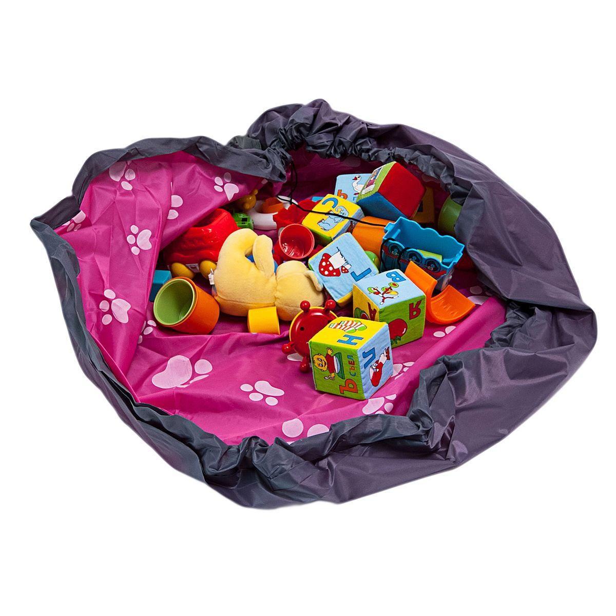 Сумка-коврик Homsu Лужайка, цвет: розовый, 150х150 смR-108Сумка-коврик это оригинальный способ хранения и транспортировки детских игрушек. В разложенном состоянии - это поле для игры, а когда нужно собрать игрушки, он затягивается на шнурок и превращается в удобную сумку. Выполнен из прочного, но мягкого канваса. Размер изделия: 150х150см