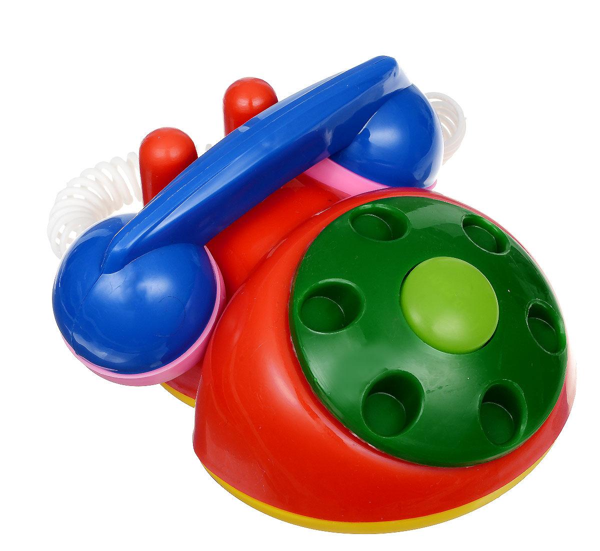 Аэлита Детский телефон цвет красный зеленый2С454_красный, зеленыйЯркий детский телефон Аэлита не оставит вашего малыша равнодушным и не позволит ему скучать! Игрушка представляет собой старинный дисковый аппарат с пружинным проводом, идущим к трубке. Небольшая трубка очень удобна по размерам для детских ручек. Диск крутится с мелодичным звоном, пружинный провод легко растягивается и собирается обратно. Яркие цвета игрушки направлены на развитие мыслительной деятельности, цветового восприятия, тактильных ощущений и мелкой моторики рук ребенка, а элемент набора номера на телефоне способствует развитию слуха.