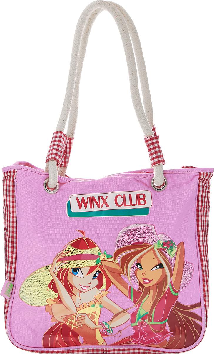 Winx Сумка детская62567Объемная сумка с ручками Winx станет неотъемлемой частью гардероба каждой маленькой леди. С такой сумкой удобно ходить на учебу, прогулку или по магазинам. Данная модель гармонично сочетает в себе стиль и функциональность. У сумки - одно основное вместительное отделение, в котором можно рационально разместить все необходимое. Данную модель можно носить в руках или на плече. Эффектный внешний вид дополняет яркий принт.