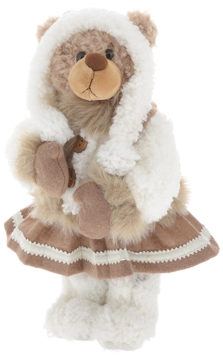 Фигурка новогодняя ESTRO Медведь, цвет: белый, коричневый, высота 35 смC21-161161Декоративная фигурка Медведь изготовлена из высококачественных материалов в оригинальном стиле. Фигурка выполнена в виде медведя в зимнем наряде. Уютная и милая интерьерная игрушка предназначена для взрослых и детей, для игр и украшения новогодней елки, да и просто, для создания праздничной атмосферы в интерьере! Фигурка прекрасно украсит ваш дом к празднику, а в остальные дни с ней с удовольствием будут играть дети. Оригинальный дизайн и красочное исполнение создадут праздничное настроение. Фигурка создана вручную, неповторима и оригинальна. Порадуйте своих друзей и близких этим замечательным подарком!