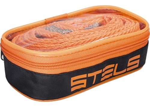 Трос буксировочный Stels с крюками в сумке на молнии, 7 т. 4,6 м54382Тросы буксировочные изготовлены из морозоустойчивого авиационного капрона; Не подвержены воздействию окружающей среды (резкому изменению влажности и температуры); На протяжении всего срока службы не меняют свои линейные размеры; Имеют удобную индивидуальную упаковку для транспортировки и хранения; Изготовлены согласно требованиям правил дорожного движения и основных положений по допуску транспортных средств к эксплуатации. Длина троса: 4,6 м. Ширина троса: 55 мм. Длина загиба: 115 мм.