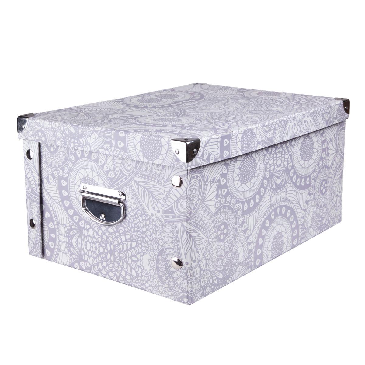 Коробка для хранения Miolla, 45 х 35 х 22,5 см. CFB-04CFB-04Коробка для хранения Miolla прекрасно подойдет для хранения бытовых мелочей, документов, аксессуаров для рукоделия и других мелких предметов. Коробка поставляется в разобранном виде, легко и быстро складывается. Плотная крышка и удобные для переноски металлические ручки станут приятным дополнением к функциональным достоинствам коробки. Удобная крышка не даст ни одной вещи потеряться, а оптимальный размер подойдет для любого шкафа или полки. Компактная, но при этом вместительная коробка для хранения станет яркой нотой в вашем интерьере.