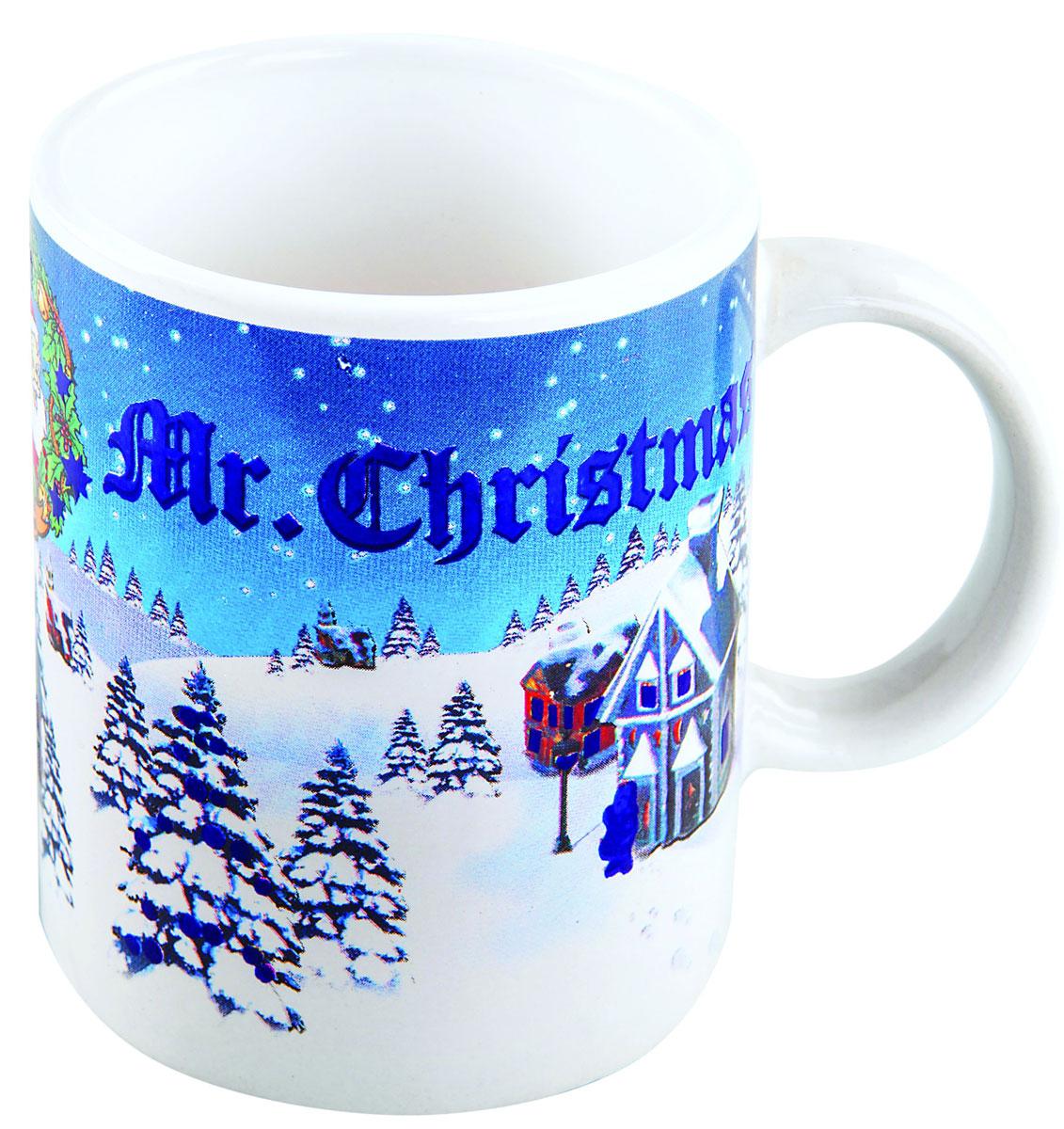 Кружка-хамелеон Mister Christmas, высота 9,5 см6509Кружка-хамелеон Mister Christmas выполнена из высококачественного фарфора. Если в нее налить горячий напиток, то надпись Mr. Christmas меняет цвет. Такой подарок станет не только приятным, но и практичным сувениром: кружка станет незаменимым атрибутом чаепития, а оригинальный дизайн вызовет улыбку.