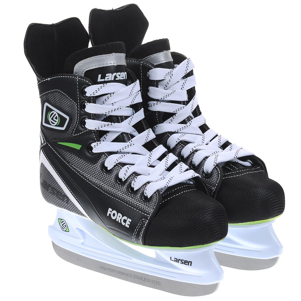 Коньки хоккейные Larsen Force, цвет: черный, серый. Размер 45ForceХоккейные коньки Force от Larsen прекрасно подойдут для начинающих игроков в хоккей. Ботинок выполнен из морозоустойчивого поливинилхлорида, мыс - из полипропилена, который защитит ноги от ударов, покрытого сетчатым нейлоном плотностью 800D. Внутренний слой изготовлен из мягкого материала Cambrelle, который обеспечит тепло и комфорт во время катания, язычок войлочный. Поролоновый утеплитель не позволит вашим ногам замерзнуть. Плотная шнуровка надежно фиксирует модель на ноге. Удобный суппорт голеностопа. Стелька из материала EVA обеспечит комфортное катание. Стойка выполнена из ударопрочного пластика. Лезвие из высокоуглеродистой стали жесткостью HRC 50-52 обеспечит превосходное скольжение.