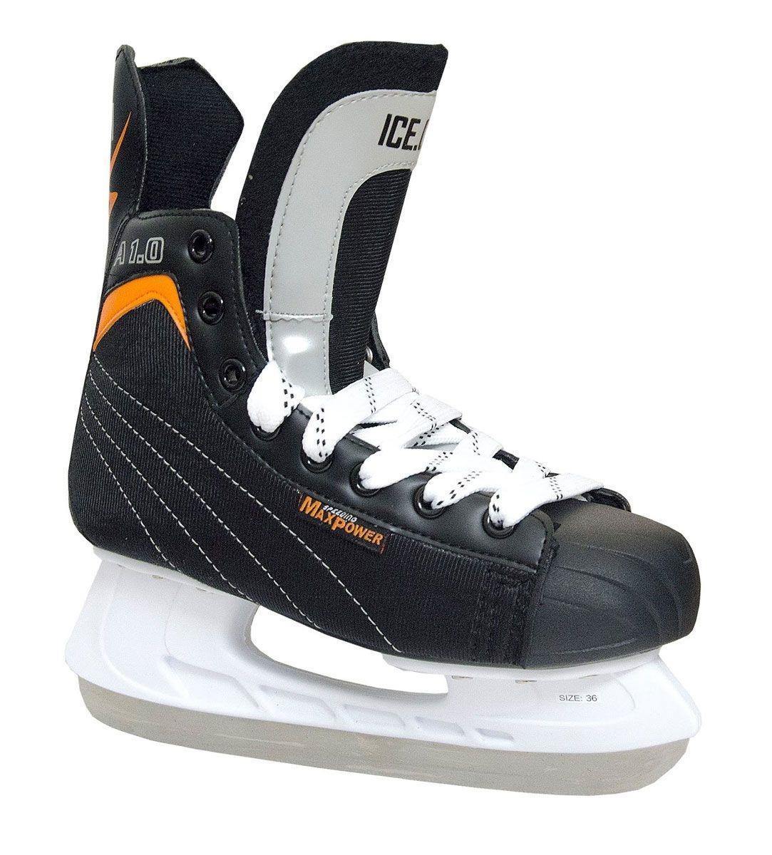 Коньки хоккейные Ice.Com A 1.0 2014, цвет: черный, оранжевый. Размер 39A 1.0 2014Коньки A 1.0 предназначены для игры в хоккей. Верх ботинка выполнен из морозостойкой искусственной кожи и нейлона. Мысок - морозостойкий ударопрочный PU, подошва - морозостойкий ПВХ. Толстый войлочный язык. Удобный высокий ботинок с широкой анатомической колодкой позволяет надежно фиксировать голеностоп. Для того, чтобы Вам максимально точно подобрать размер коньков, узнайте длину стопы с точностью до миллиметра. Для этого поставьте босую ногу на лист бумаги А4 и отметьте на бумаге самые крайние точки Вашей стопы (пятка и носок). Затем измерьте обычной линейкой расстояние (до миллиметра) между этими отметками на бумаге. Не забудьте учесть 2-3 мм запаса под носок.