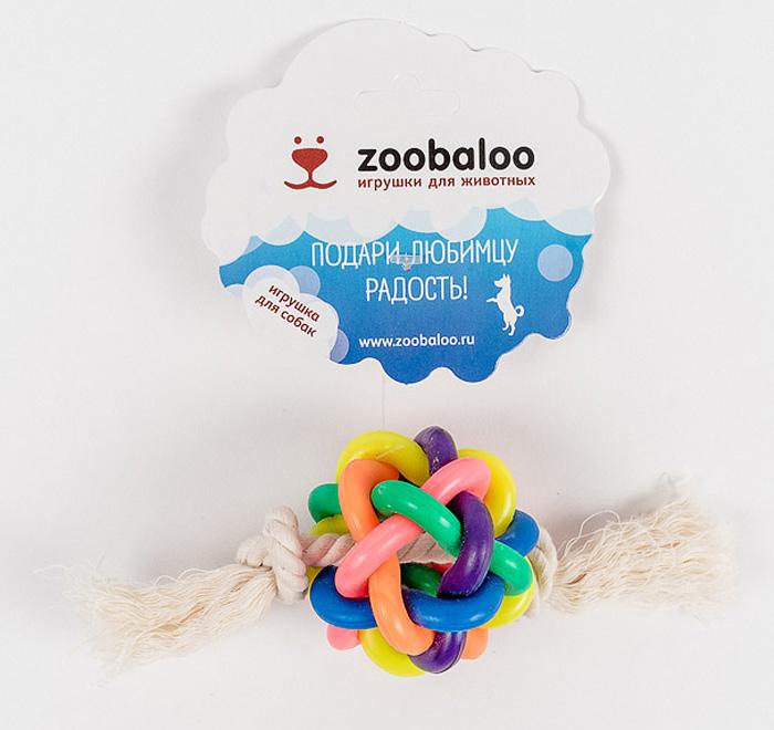 Мяч витой средний для средних собак с х/б веревкой 15см423Весьма интересная и занимательная игрушка, выгодно отличающаяся от других необыкновенным сплетением разноцветных латексных колец, образующих мяч. Продетая внутри такого мяча веревка из хлопчатобумажной ткани длиной 15 см. с двумя узелками по краям дополняет изысканную композицию для вашего питомца. Без сомнений, с этой вещицей ваш любимец проведет не один час.