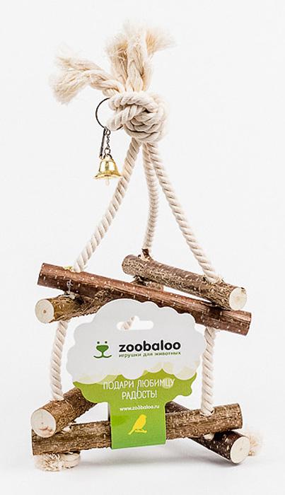Игрушка для птиц Zoobaloo Качели. 547547Игрушка Zoobaloo Качели - отличный аксессуар для клетки ваших пернатых друзей. Качели выполнены в виде деревянных жердочек из орешника, оборудованы маленьким колокольчиком и металлическим карабином для подвешивания к клетке. Чтобы обезопасить лапки пернатых любимцев, брусочки соединены хлопковой веревкой.