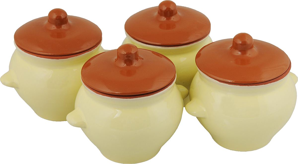 Набор горшочков для запекания Борисовская керамика Стандарт, с крышками, цвет: коричневый, желтый, 500 мл, 4 штОБЧ00000076_коричневый, желтыйНабор Борисовская керамика Стандарт состоит из 4 горшочков для запекания с крышками. Каждый предмет набора выполнен из высококачественной керамики. Уникальные свойства красной глины и толстые стенки изделия обеспечивают эффект русской печи при приготовлении блюд. Блюда, приготовленные в керамическом горшке, получаются нежными и сочными. Вы сможете приготовить мясо, сделать томленые овощи и все это без капли масла. Это один из самых здоровых способов готовки. Можно использовать в духовке и микроволновой печи. Диаметр горшка (по верхнему краю): 9,5 см. Высота стенок: 10 см. Объем: 500 мл.