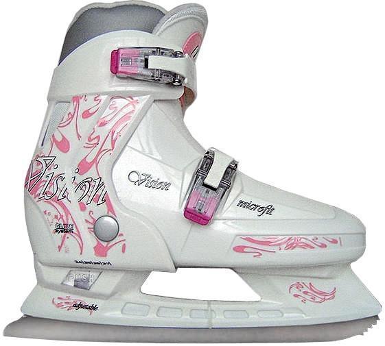 Коньки ледовые для девочки CK Vision, раздвижные, цвет: белый, серый, розовый. Размер 30/33CK Vision 2014СК (Спортивная коллекция) Vision Girl - это стильные, прочные и эргономичные ледовые коньки, идеальный вариант для девочек. Модель обладает превосходной системой, которая позволяет подошве изменяться и расти вместе с ногой девочки. Внешняя основа ботинка стойкая к повреждениям и преждевременному износу. Полиуретановый каркас защищает от деформации при падении. Внутренняя часть из капровелюра легко чистится, не требуя особых усилий. Интегрированная подошва обеспечивает устойчивость на льду. Рама коньков СК (Спортивная коллекция) Vision Girl усилена и облегчена, не утяжеляет детскую ногу при эксплуатации. Лезвие СК (Спортивная коллекция) Vision Girl из легированной стали, стойкой к коррозии. С помощью двух мобильных клипс можно быстро застегнуть ботинок.