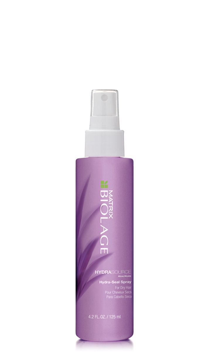 Matrix Biolage Hydrasource Несмываемый спрей-вуаль 125млP0830300Когда волосы недостаточно увлажнены, они теряют прежнюю яркость, становятся более жесткими. Вдохновленный свойствами алоэ, несмываемый спрей-вуаль Biolage HYDRASOURCE™ (ГидраСурс) помогает оптимизировать гидробаланс сухих волос, возвращая им зворовый, сияющий вид. Волосы в 15 раз* более увлажненные после первого использования. - Увлажняет волосы - Обеспечивает контроль над пушистостью волос - Формула без парабенов - Подходит для окрашенных волос. * При использовании системы из шампуня, кондиционера и несмываемого спрея-вуаль ГИДРАСУРС по сравнению с шампунем без кондиционирующих свойств.