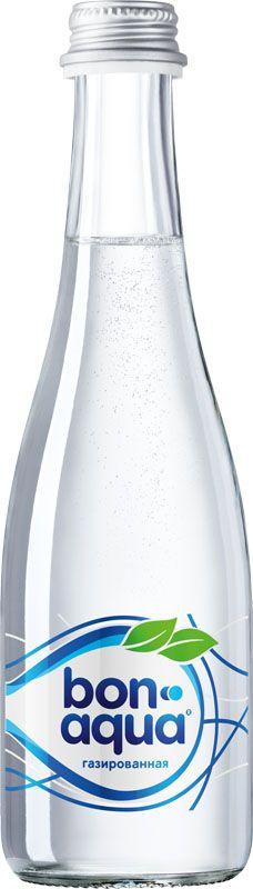 BonAqua Вода чистая питьевая газированная, 0,33 л1384301BonAqua - это кристально чистая питьевая вода, высокого качества. BonAqua - известная и любимая в России марка. Производство воды Bon Aqua началось в Германии в 1988 году. В России запуск питьевой воды Bon Aqua был успешно осуществлен в 1994 году. BonAqua проходит 7-ми ступенчатую систему очистки и водоподготовки. Производится в строгом соответствии с высочайшими стандартами качества компании Coca-Cola. Содержит минеральные элементы (Ca, Mg). Обладатель золотой медали в категории Бутилированная вода выставки Вода: экология и технология (ЭКВАТЭК) В России BonAqua 6 раз признавалась Товаром Года.