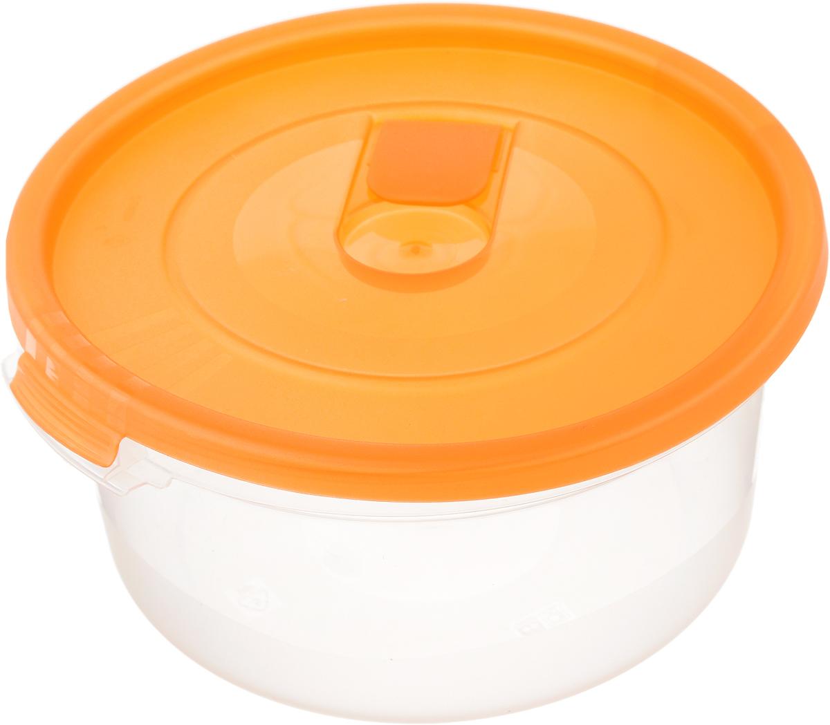 Контейнер Полимербыт Смайл, цвет: оранжевый, 800 млС521_оранжевыйКонтейнер Полимербыт Смайл круглой формы, изготовленный из прочного пластика, специально предназначен для хранения пищевых продуктов. Контейнер оснащен герметичной крышкой со специальным клапаном, благодаря которому внутри создается вакуум и продукты дольше сохраняют свежесть и аромат. Крышка легко открывается и плотно закрывается. Стенки контейнера прозрачные - хорошо видно, что внутри. Контейнер устойчив к воздействию масел и жиров, легко моется. Контейнер имеет возможность хранения продуктов глубокой заморозки, обладает высокой прочностью. Можно мыть в посудомоечной машине. Подходит для использования в микроволновых печах. Диаметр: 15 см. Высота (без крышки): 7 см.