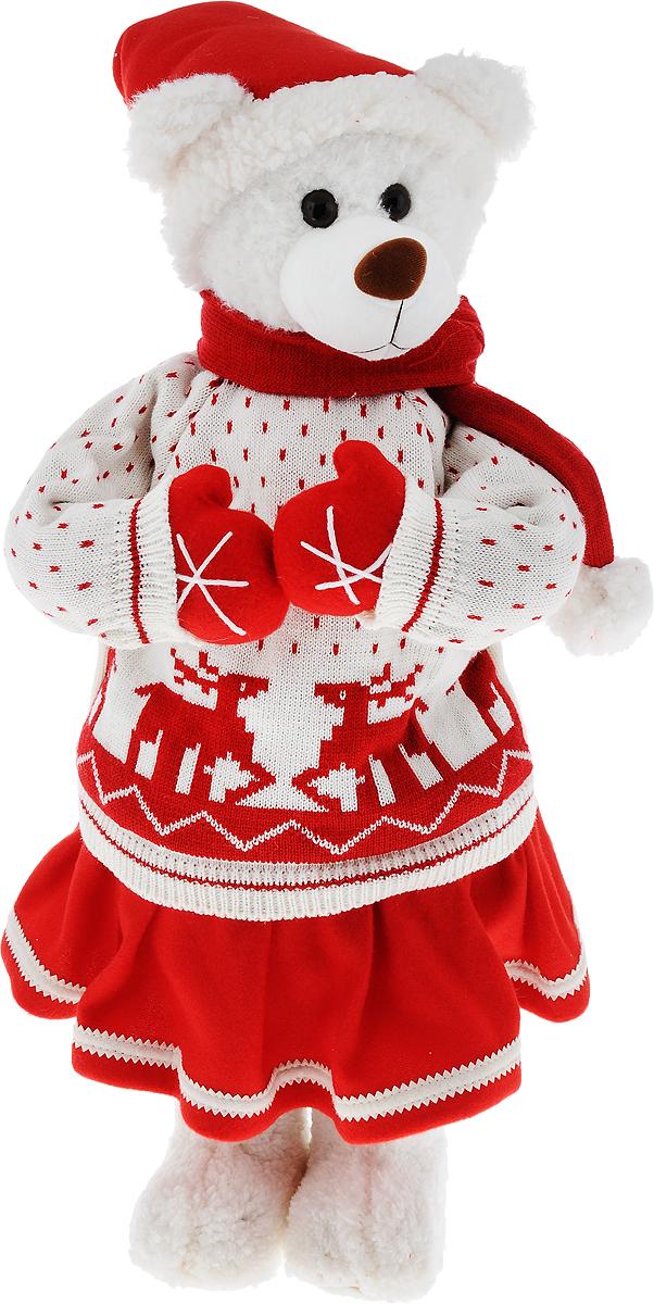 Фигурка новогодняя ESTRO Медведь, высота 70 смC21-281028Декоративная фигурка ESTRO Медведь выполнена из высококачественных материалов в оригинальном стиле. Фигурка выполнена в виде медведя. Уютная и милая интерьерная игрушка предназначена для взрослых и детей, для игр и украшения новогодней елки, да и просто, для создания праздничной атмосферы в интерьере! Фигурка прекрасно украсит ваш дом к празднику, а в остальные дни с ней с удовольствием будут играть дети. Оригинальный дизайн и красочное исполнение создадут праздничное настроение. Фигурка создана вручную, неповторима и оригинальна. Порадуйте своих друзей и близких этим замечательным подарком!