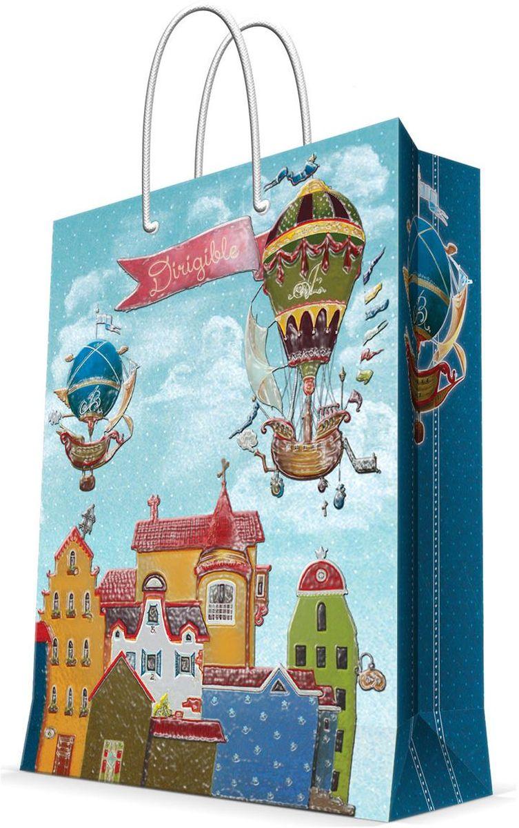 Пакет подарочный Magic Home Дирижабли в лето, 17,8 х 22,9 х 9,8 см43518Подарочный пакет Magic Home, изготовленный из плотной бумаги, станет незаменимым дополнением к выбранному подарку. Дно изделия укреплено картоном, который позволяет сохранить форму пакета и исключает возможность деформации дна под тяжестью подарка. Пакет выполнен с глянцевой ламинацией, что придает ему прочность, а изображению - яркость и насыщенность цветов. Для удобной переноски имеются две ручки в виде шнурков. Подарок, преподнесенный в оригинальной упаковке, всегда будет самым эффектным и запоминающимся. Окружите близких людей вниманием и заботой, вручив презент в нарядном, праздничном оформлении. Плотность бумаги: 140 г/м2.