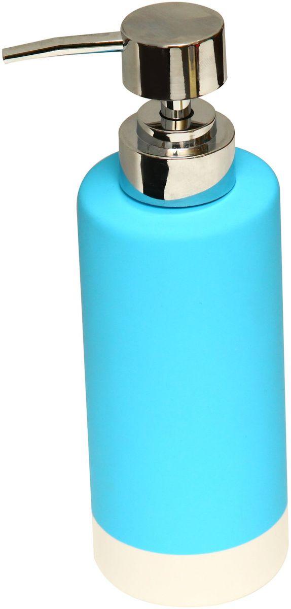 Диспенсер для мыла Proffi Home, цвет: голубой, 350 мл. PH6471PH6471Диспенсер для жидкого мыла - незаменимый аксессуар для тех, кто ценит чистоту своей раковины и экономный расход мыла. Вы можете легко переставлять его при необходимости. Этот диспенсер выполнен из керамики. Керамика выгодно отличается от других материалов в первую очередь натуральностью и благородным внешним видом. Этот материал устойчив к перепадам температур, повышенной влажности и бытовым химическим средствам. Каучуковое покрытие обеспечивает антискользящий эффект. Благодаря лаконичной форме такой аксессуар отлично впишется в любой интерьер ванной комнаты и станет ее украшением. Материал: керамика, каучук. Размеры изделия: 6*6*13 см. Страна-изготовитель: Китай.