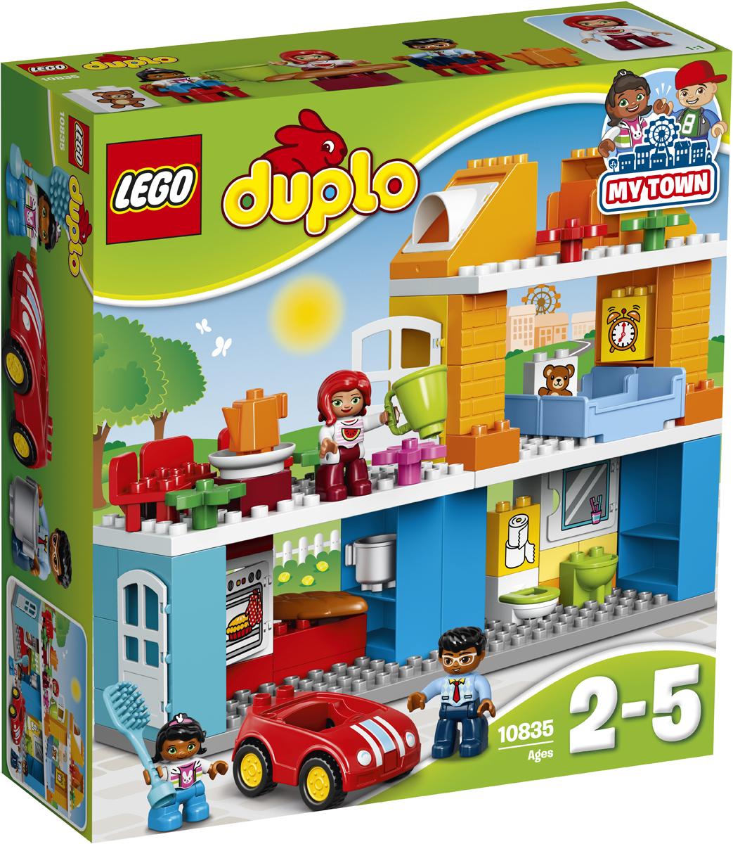 LEGO DUPLO Конструктор Семейный дом 1083510835Разыгрывайте реальные сценарии из жизни с помощью LEGO DUPLO: создавайте узнаваемый мир с новыми фигурками DUPLO. С этим лёгким в сборке домиком можно придумать бессчетное количество игр. Малыши с удовольствием будут разыгрывать повседневные сценарии: подъём с утра, приготовление и приём пищи, мытьё машины. Наблюдайте за тем, как ваш малыш развивает навыки ролевой игры, создавая сценки из повседневной жизни с помощью фигурок DUPLO.