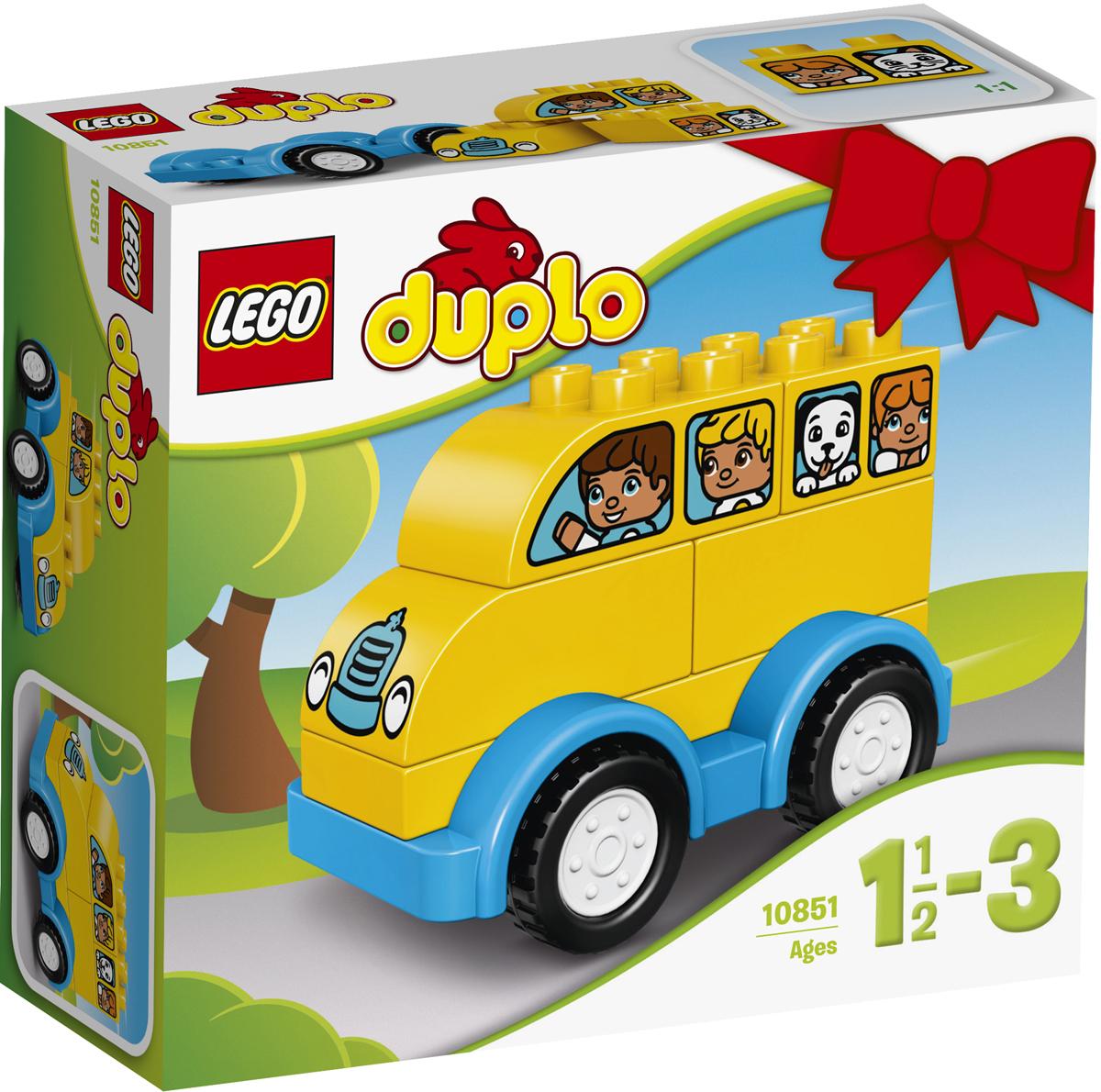 LEGO DUPLO Конструктор Мой первый автобус 1085110851Малышам понравится строить и перестраивать этот милый желтый автобус, чтобы потом использовать его в своих играх. Простой набор помогает в развитии мелкой моторики и навыков конструирования, а кубики в виде окон с персонажами стимулируют ролевые игры. Крупные кубики LEGO DUPLO специально сконструированы так, чтобы они были безопасны и удобны для маленьких ручек. Набор включает в себя 6 разноцветных пластиковых элементов. Конструктор станет замечательным сюрпризом вашему ребенку, который будет способствовать развитию мелкой моторики рук, внимательности, усидчивости и мышления. Играя с конструктором, ребенок научится собирать детали по образцу, проводить время с пользой и удовольствием.