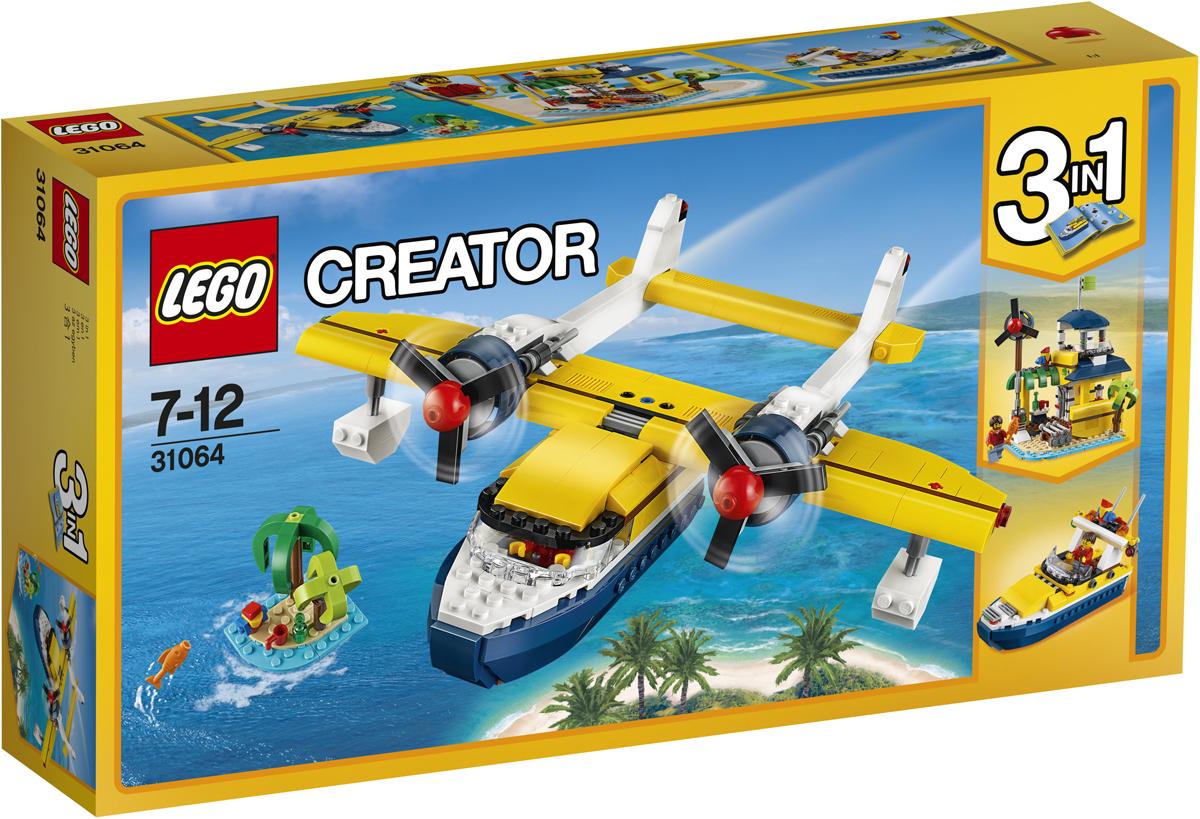 LEGO Creator Конструктор Приключения на островах 3106431064Найди карту в бутылке и отправляйся на далёкий тропический остров на борту замечательного двухбалочного двухмоторного гидросамолёта с подвесными посадочными поплавками, выкрашенного в ярко-жёлтый, белый и тёмно-синий цвета. Загрузи грузовой отсек, открой кабину и поднимись на борт. Заведи огромные пропеллеры и поднимись в воздух. Используй свои навыки пилотирования, чтобы определить местонахождение острова, проверь все приборы и посади самолёт на спокойные воды океана! Из этого набора также можно собрать Островную хижину или Быстроходный катер.