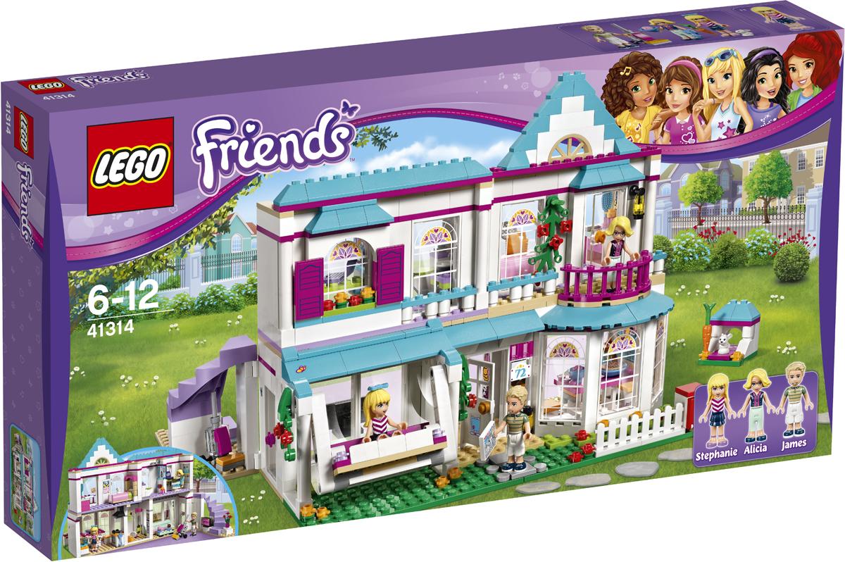LEGO Friends Конструктор Дом Стефани 4131441314Хобби Стефани — выпечка, поэтому она много времени проводит на кухне. Ты можешь помочь ей приготовить кексы, который вы вместе с подружками сможете с удовольствием съесть позже. Помоги её папе, Джеймсу, пропылесосить зону отдыха, а потом покормить крольчонка Чили на улице. Отправляйся наверх по широкой лестнице, чтобы поздороваться с мамой Стефани — Алисией, которая работает в офисе, а потом загляни в спальню, чтобы переодеться к празднику. Стефани ждёт своих друзей, которые собираются к ней в гости, на качелях на веранде.