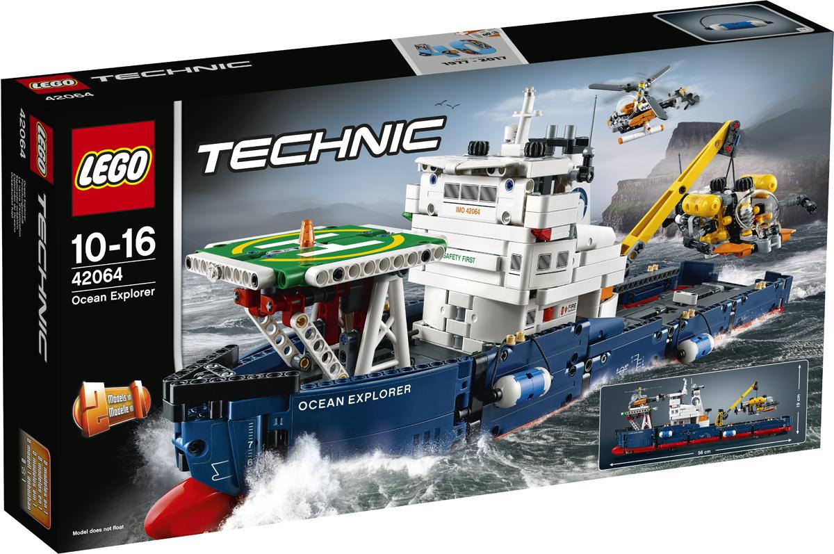 LEGO Technic Конструктор Исследователь океана 4206442064Отправляйся в открытое море вместе с этим исследователем океана LEGO Technic, на огромном корабле синего, красного и белого цветов, с тщательно проработанным корпусом, каплеобразным носом и двумя кранцами, большим капитанским мостиком, краном и посадочной площадкой, а также подводной лодкой и вертолётом! Управляй кораблём, открой люк, чтобы попасть в трюм, опусти подводную лодку с помощью работающего подъемного крана и покрути винты вертолёта, чтобы подняться в воздух! Когда тебе захочется собрать что-то другое, перестрой этот набор и создай мощный буксир и баржу.
