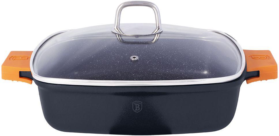 Сотейник Berlinger Haus Granit Diamond Line с крышкой, с антипригарным покрытием, 3,8 л1104-ВНСотейник квадратной формы Berlinger Haus Granit Diamond Line изготовлен из литого алюминия с высококачественным мраморным антипригарным покрытием в 3 слоя. Такое покрытие предотвращает пригорание пищи и ее прилипание к стенкам. Оно абсолютно безопасно для здоровья и не выделяет вредных веществ во время готовки. Специальное индукционное дно TURBO INDUCTION экономит 35% энергии. Тепло распределяется равномерно по всей поверхности посуды, что позволяет пище готовиться быстрее. Изделие снабжено удобными эргономичными ручками со съемными силиконовыми накладками, которые не нагреваются в процессе приготовления пищи и не дают вашим рукам обжечься. Крышка выполнена из жаростойкого стекла и снабжена ручкой из нержавеющей стали (безопасна для использования в духовке). Посуда подходит для газовых, электрических, стеклокерамических, галогенных, индукционных плит. Можно мыть в посудомоечной машине. Можно ставить в духовку вместе с крышкой, выдерживает температуру до...