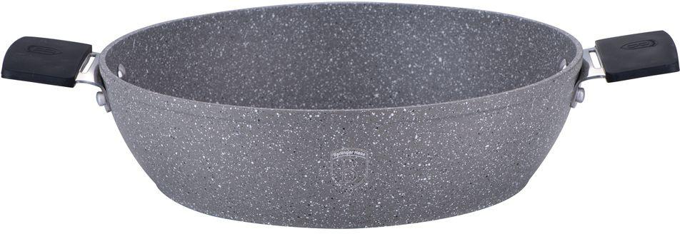 Сотейник Berlinger Haus Stone Touch Line, с мраморным покрытием. Диаметр 28 см1155-ВНСотейник Berlinger Haus Stone Touch Line выполнен из высококачественного кованого алюминия с трехслойным мраморным покрытием. Такое покрытие предотвращает пригорание пищи и ее прилипание к стенкам. Оно абсолютно безопасно для здоровья и не выделяет вредных веществ во время готовки. Специальное индукционное дно экономит 35% энергии. Тепло распределяется равномерно по всей поверхности посуды, что позволяет пище готовиться быстрее. Сотейник снабжен удобными эргономичными ручками со съемными силиконовыми накладками, которые не нагреваются в процессе приготовления пищи и не дают вашим рукам обжечься. В комплекте поставляется подставка под горячее, которая сбережет поверхность вашего стола от воздействия высоких температур. Посуда подходит для газовых, электрических, стеклокерамических, галогенных, индукционных плит. Можно мыть в посудомоечной машине. Можно ставить в духовку, выдерживает температуру до +220°С.