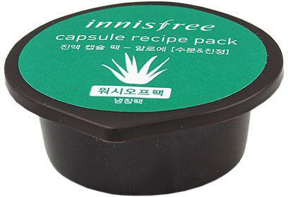Innisfree Capsule Recipe Капсульная маска с экстрактом алое, 10 млУТ-00000251В алоэ содержится богатейший набор биологически активных веществ и микроэлементов (калий, селен, кальций, кремний, цинк, магний), полисахаридов, гликопротеинов, фитонцидов, флавоноидов, витаминов (A, B, C, E). Сок Алоэ обладает увлажняющими, регенерирующими, противовоспалительными свойствами, очищает поры и стягивает их, разглаживает морщинки, стимулирует процесс образования собственного коллагена, сохраняет упругость и подтянутость кожи.